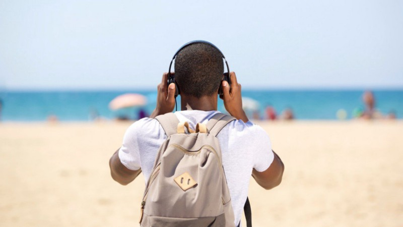 The best podcasts for new coders, and the best tools for listening to them