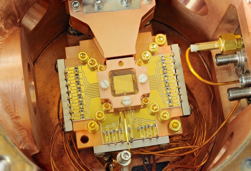 (Almost) everything you ever wanted to know about quantum computers