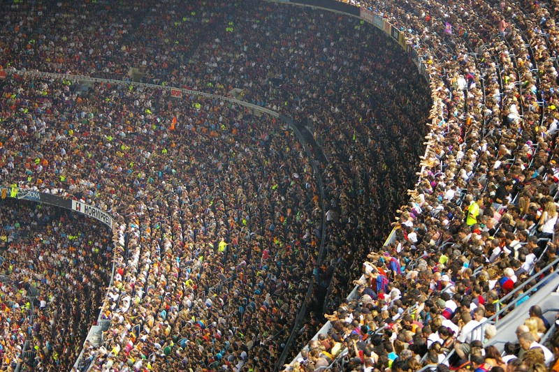 A Glimpse of 100,000 Internet Users