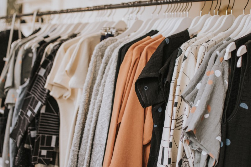 "How to create a ""fashion police"" with React Native and off-the-shelf AI"