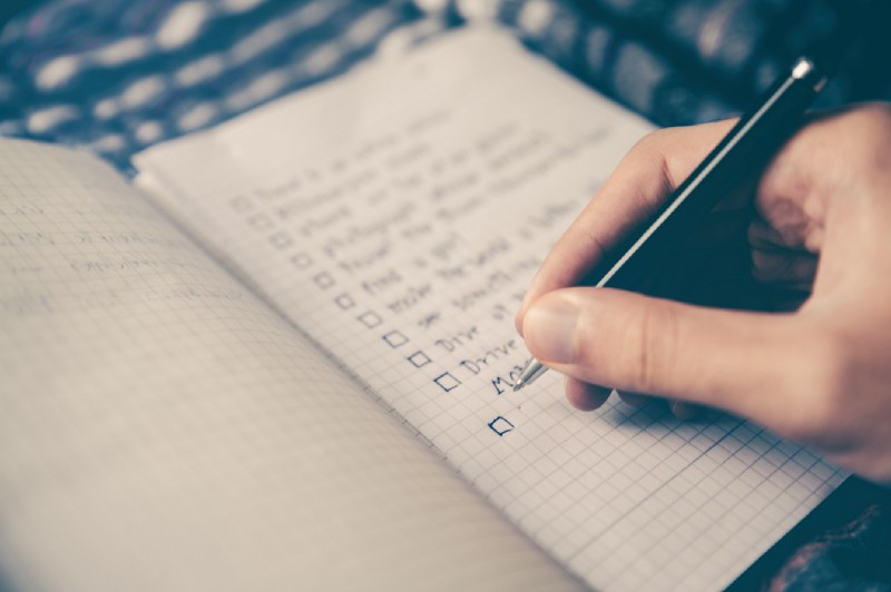 The Essential Launch Checklist for Web Apps and Mobile Apps